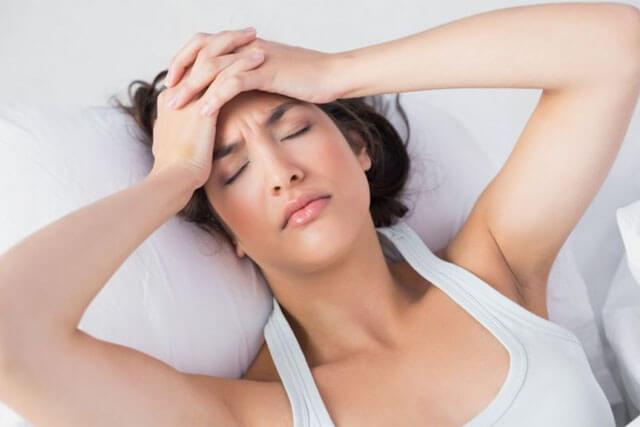Đau đầu, đau nửa đầu là dấu hiệu mang thai chính xác nhất